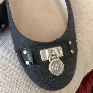Michael Kors gray flannel flats with silver logo